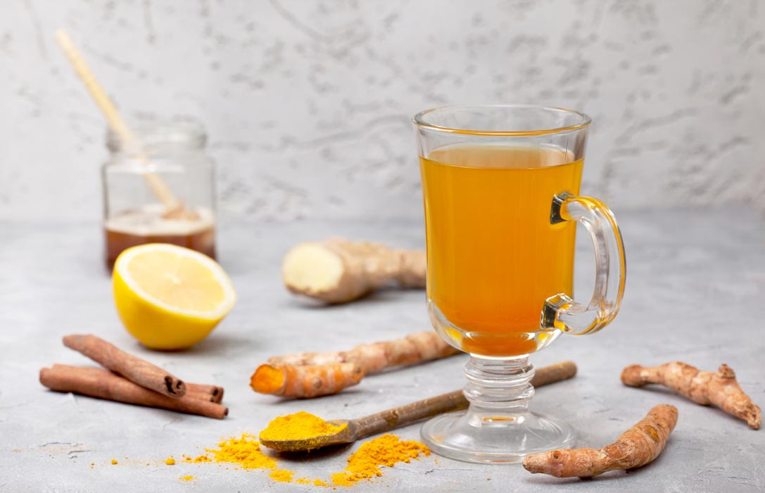Easy recipe for ginger and turmeric tea.